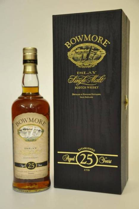 Bowmore Aged 25 Years