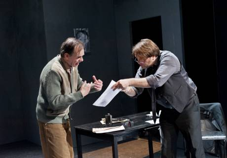 Hummelinck Stuurman Theaterbureau - De donkere kamer van damokles